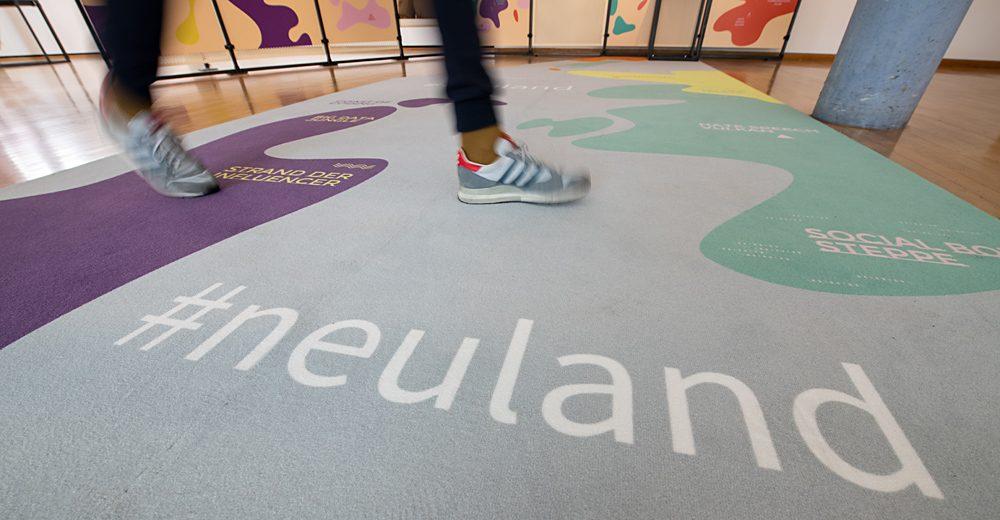 """Sneak Preview """"#neuland: Ich, wir & die Digitalisierung"""""""