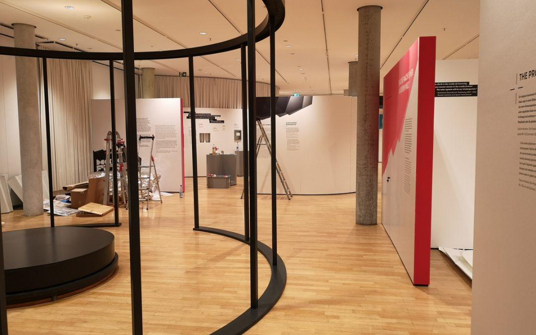 Ausstellungsaufbau ist wie Puzzeln – Ein Blick hinter die Museums-Kulisse