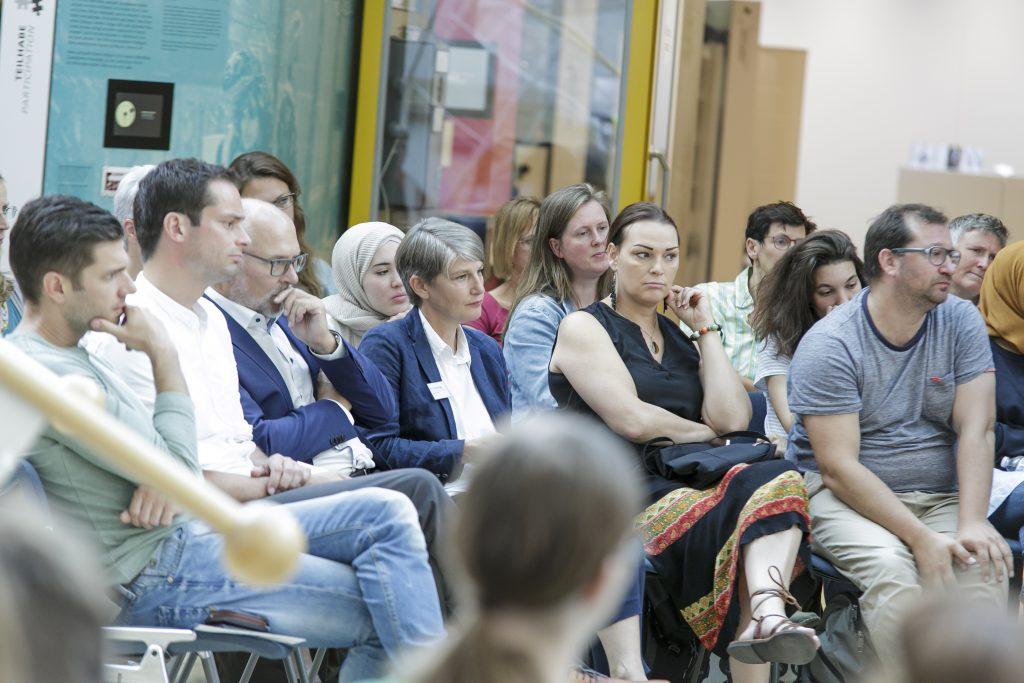 Das Auditorium hört zu. Foto: MSPT | Stefanie Kösling